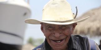 Es responsabilidad social brindar atención y bienestar a los adultos mayores. Foto: Archivo