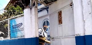 En las sedes centrales y oficinas departamentales de SOSEP se realizan trabajos de limpieza y desinfección.