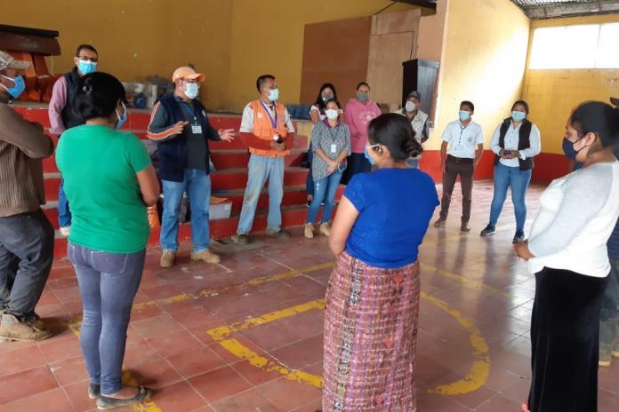 Diez familias reciben atención en albergue temporal habilitado por SOSEP.