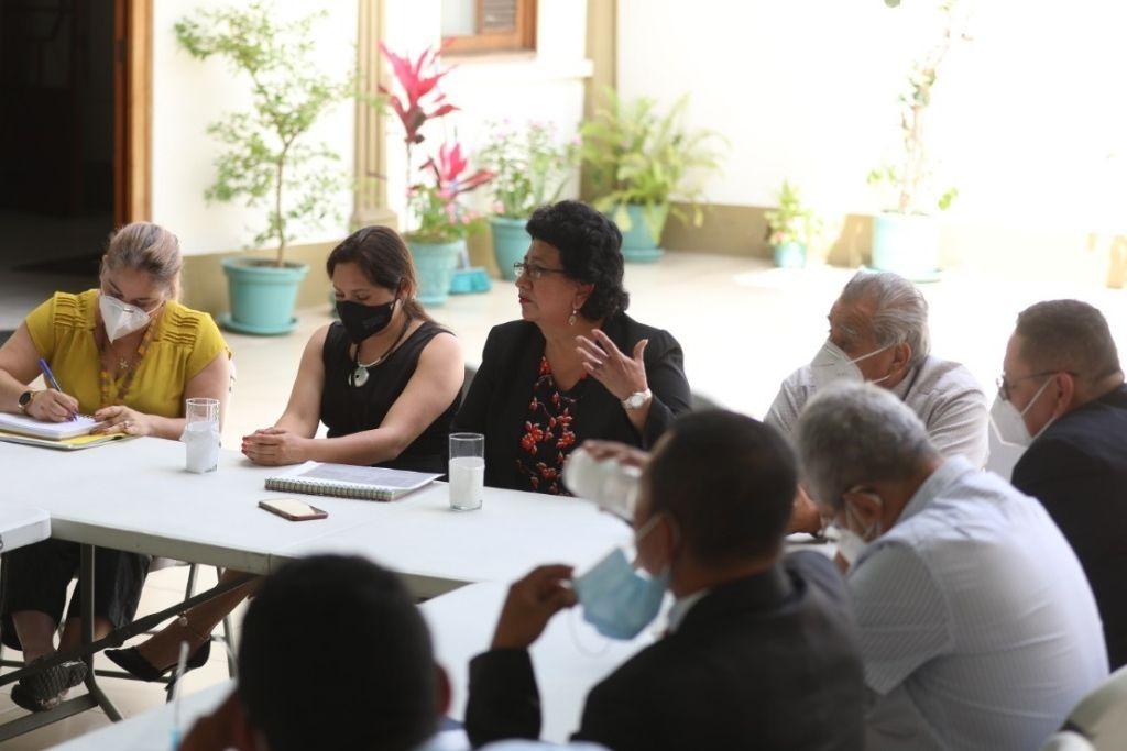 La secretaria Thelma Portillo manifestó su disposición en implementar programas de SOSEP en Suchitepéquez